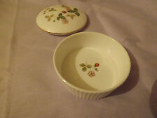 WEDGWOOD Wild Strawberry Couvercle ramequin style pot 1st