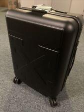 Off-White Arrow Suitcase Black/Black
