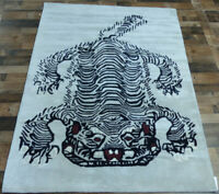 5'x7' Brand New Tiger design 100% wool Black Modern Oriental area rug