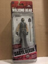 """WALKING DEAD - """"DARYL - Grave Digger """" EXCLUSIVE  Figure, Series 7, (2015) NEW"""