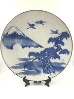Grande piatto giapponese Yamatoku in porcellana Arita Imari - Monte Fuji