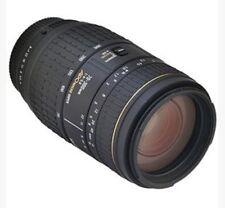 Sigma 70-300mm f/4-5.6 APO Super Macro Zoom Lens (Nikon AF-D Fit)
