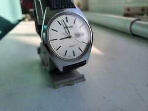 Men's Pulsar quartz watch