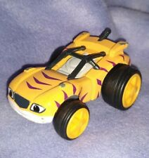 Blaze and the Monster Machines STRIPES Diecast Car Toy Figure 2016 Mattel Viacom