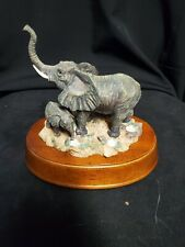 Elephant and baby Figurine Scene Musical