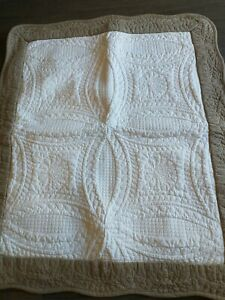 2 Better Homes & Gardens Standard Pillow Shams White With Tan Border Quilted