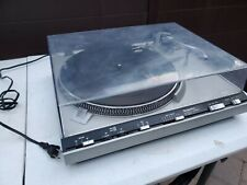 Technics Sl-3300 Direct Drive - powers up ,turns . No needle head included.