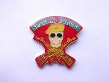 SPECIAL FORCES M16 RIFLE GUN ARMY MILITARY SAS SEALS VINTAGE PIN BADGE FREE POST