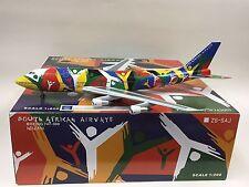"""InFlight 200 1:200 IF743001 South African Airways B747-300 """"NDIZANI"""" ZS-SAJ"""