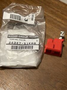 NISSAN HARDBODY D21 24347-51E68 NOS TERMINAL-FUSIBLE LINK CONNECTION AT BATTERY