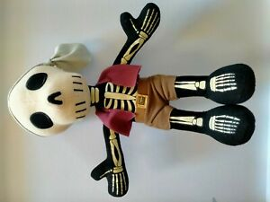 """Clean - Disney Parks Exclusive Pirates Of The Caribbean Skeleton Pirate 9"""""""