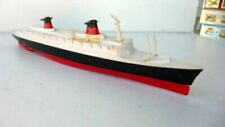 Bateaux miniatures Dinky