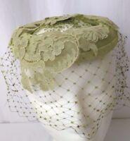 Vtg Womens Hat Skull Cap Veil Netting & Lace Green Velvet Pillbox Fascinator