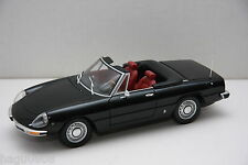 Rarität  ALFA ROMEO  2000 SPIDER - 1970  schwarz  Minichamps 1:18 OVP
