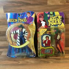 2 Austin Powers Film Action Figures Austin Powers McFarlane Toys & 70s Austin