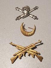 LOT DE 3 INSIGNES  FRANCAIS WW1/WW2 A IDENTIFIER