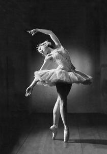 Vintage Ballet Prima Ballerina Margot Fonteyn Quality Canvas Print A4