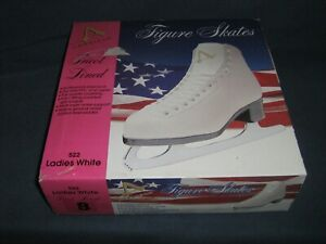 American Figures Skates white size 8 Tricot lined.  Used Once!