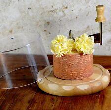 Käsehobel avec capot pour tete de moine et chocolat rolles