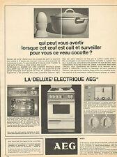 """Publicité 1965  Cuisinière AEG la """" DELUXE """"  ELECTRIQUE"""