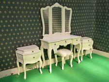 Ivory cinque pezzi Rococò letto Francese legno SET TAVOLINO da TOELETTA A