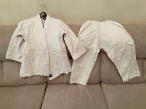Taekwondo sparring uniform, Century, white, unisex, size 0, 17' inseam