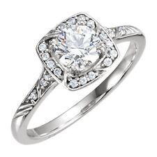 14K White 1.0 Carat TW Diamond Halo Style Engagement Ring