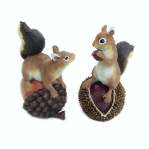 Garden Lawn Decor Sculpture Filbert Acorn Garden Squirrel Statue A