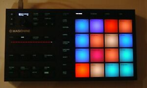 Native Instruments MASCHINE Mikro MK3 Black - DAW Controller  - TOP !