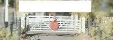 Ratio 509 Occupation/Farm Crossing Gates '00' Gauge Plastic Kit - 1st Class Post