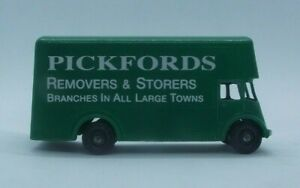 Matchbox 1-75 series 46B Guy PICKFORDS removal van - Our own restoration (MB254)