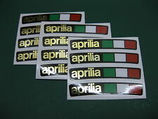 12 Aprilia Rueda Llanta pegatinas con una bandera italiana Espejo Oro Sobre Negro