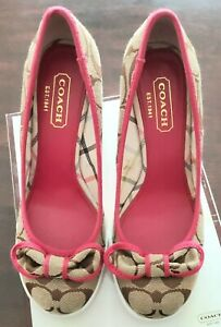 RARE COACH SWEETIE SIGNATURE KHAKI PINK HIGH WEDGE SHOES SIZE 6.5 - BRAND NEW!