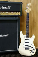 1990's Fender Japan '72 reissue Stratocaster ST72-55 Vintage white Made in Japan