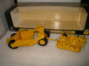 1/50 FIRST GEAR  ALLIS CHALMERS MODEL HD-21 CRAWLER WITH EJECTOR SCRAPER DISPLAY