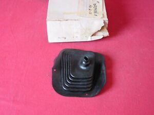 NOS 1973 74 75 Chevy Nova SS Man Trans 4spd Floor Shift Boot #327545
