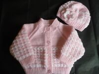 New Hand Knitted Baby Cardigan Set  ~  Girl ~ Pink / White ~  3 - 6 months