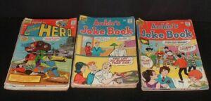 LQQK 14 vintage 1960s/70s CAPTAIN HERO/JOKE BOOK low grade 12&15 cent