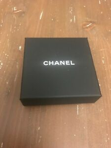 CHANEL jewellery brooch box & velvet pouch jewelry small box