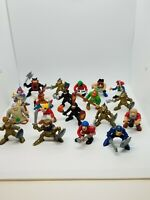 Vintage 1994 F-P Medieval Adventures Knights & Pirates Action Figures Lot of 19