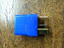 BRAND NEW OEM NISSAN FACTORY RELAY PART NUMBER 25230-79942 - BLUE