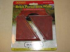 HORNBY SKALEDALE BRICK PORTAL SIDE WALLS OO GAUGE R8545
