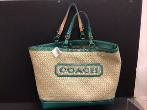 NWT COACH Large beach STRAW GREEN LEATHER APPLIQUÉ Tote