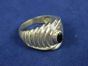 Small Oval Black Onyx 925 Sterling Silver Domed Ring Size 7.5
