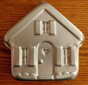 Wilton Cake Pan House Item 2105-3311 1997