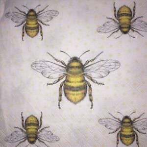 4 x Single Paper Napkins - Decoupage - 3 Ply - Craft - Flying Bees Bee B9