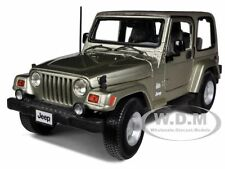 JEEP WRANGLER SAHARA KHAKI 1/18 DIECAST MODEL CAR BY BBURAGO 12014