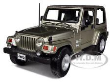 JEEP WRANGLER SAHARA KHAKI 1/18 DIECAST MODEL CAR BY BBURAGO 12014