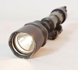 Surefire M961 USGI Tactical Military Weapon light