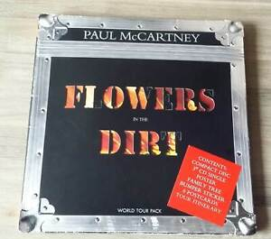 "PAUL McCARTNEY ""Flowers In The Dirt - World Tour Pack"" Limited Edition Box"